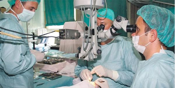 Operacija urođenog nedostatka šarenice oka